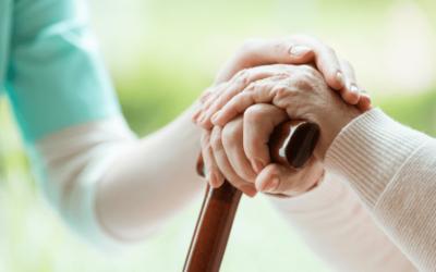 La bientraitance des aînés : un enjeu de société